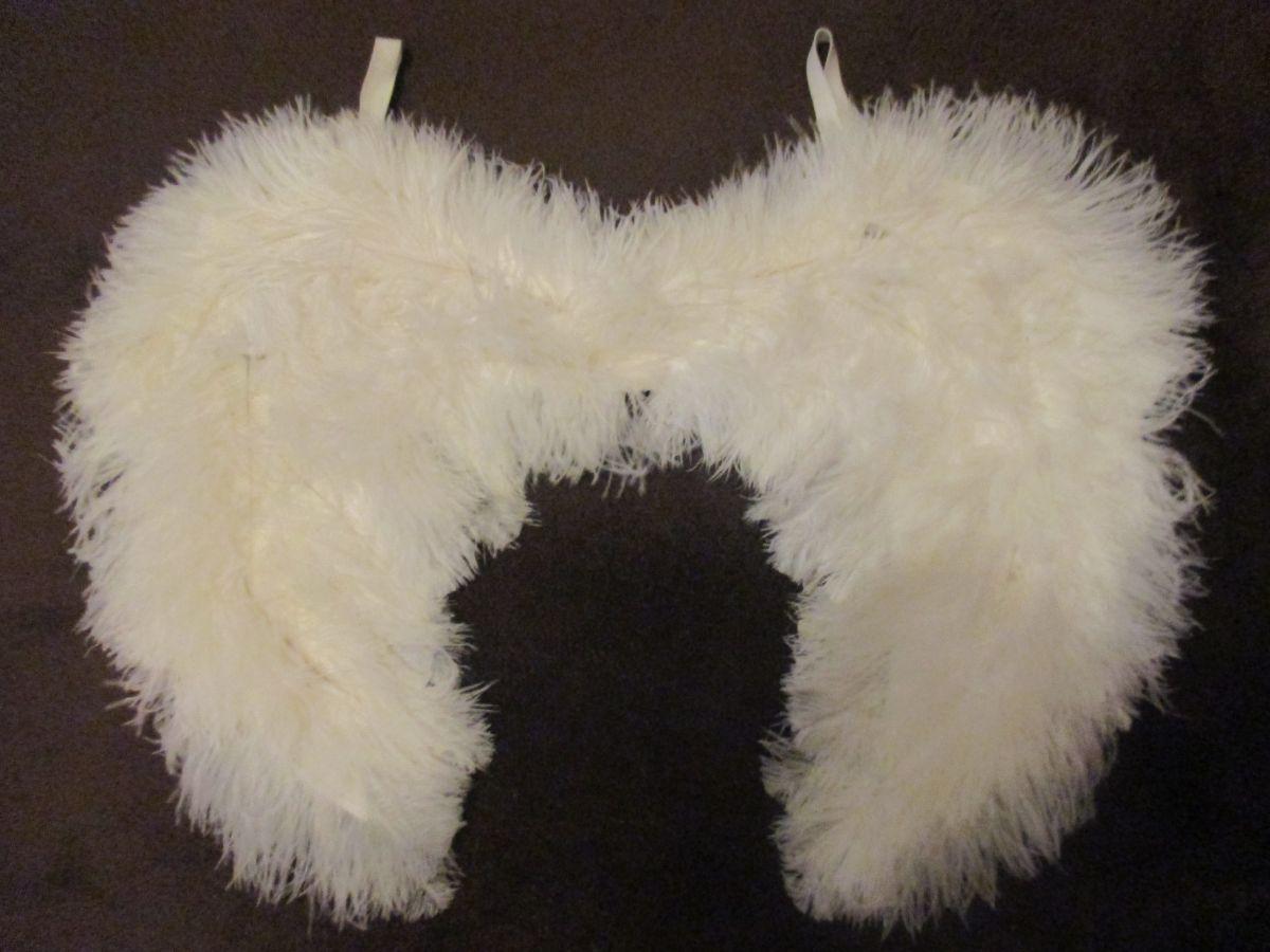 Andělská křídla 35x50 cm bílá pštrosí