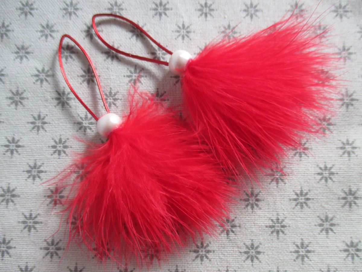 Péřové vánoční ozdoby červené